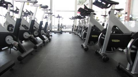 Podni pokrivači za teretane i fitnes centre